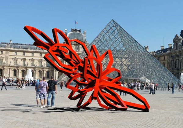 Red Bloom : The Louvre